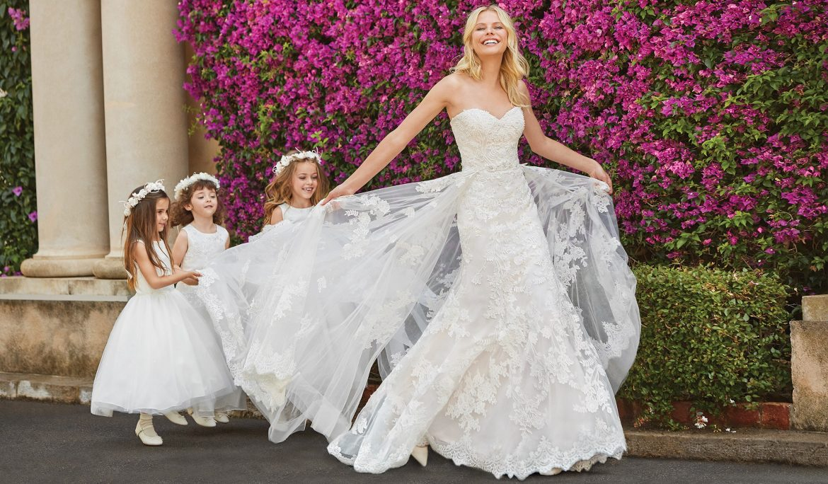25 Best Wedding Dresses For Tall Brides In 2020 Royal Wedding