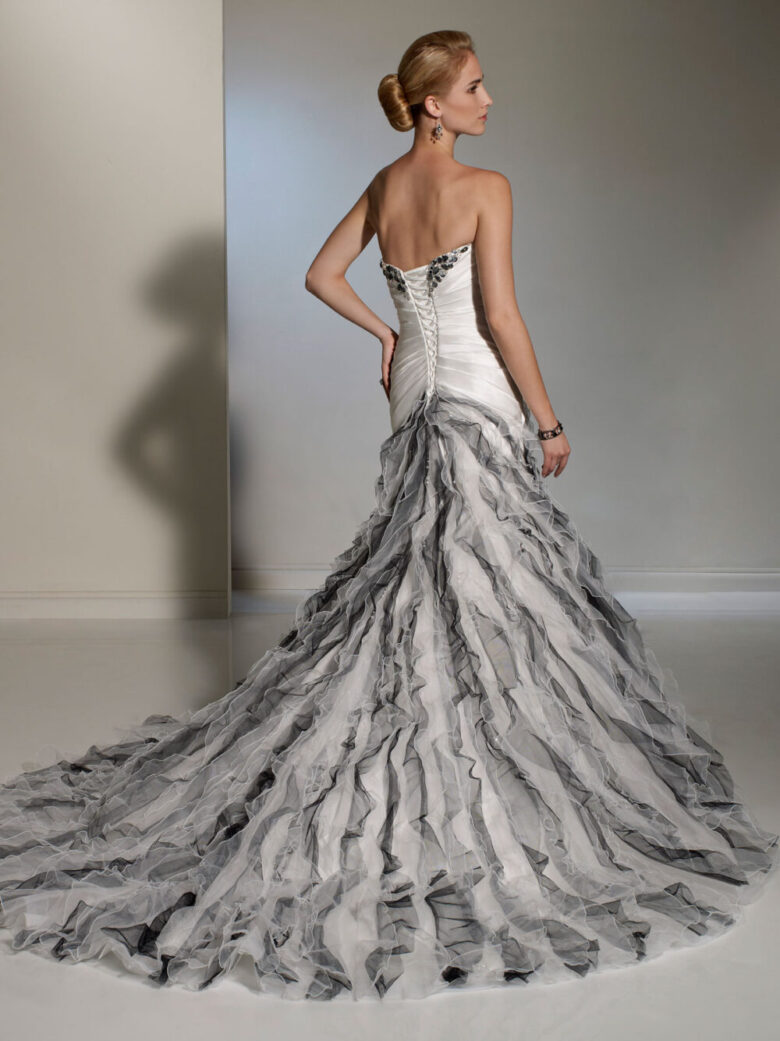 Black And White Wedding Dress.15 Best Black And White Wedding Dresses In 2019 Royal Wedding