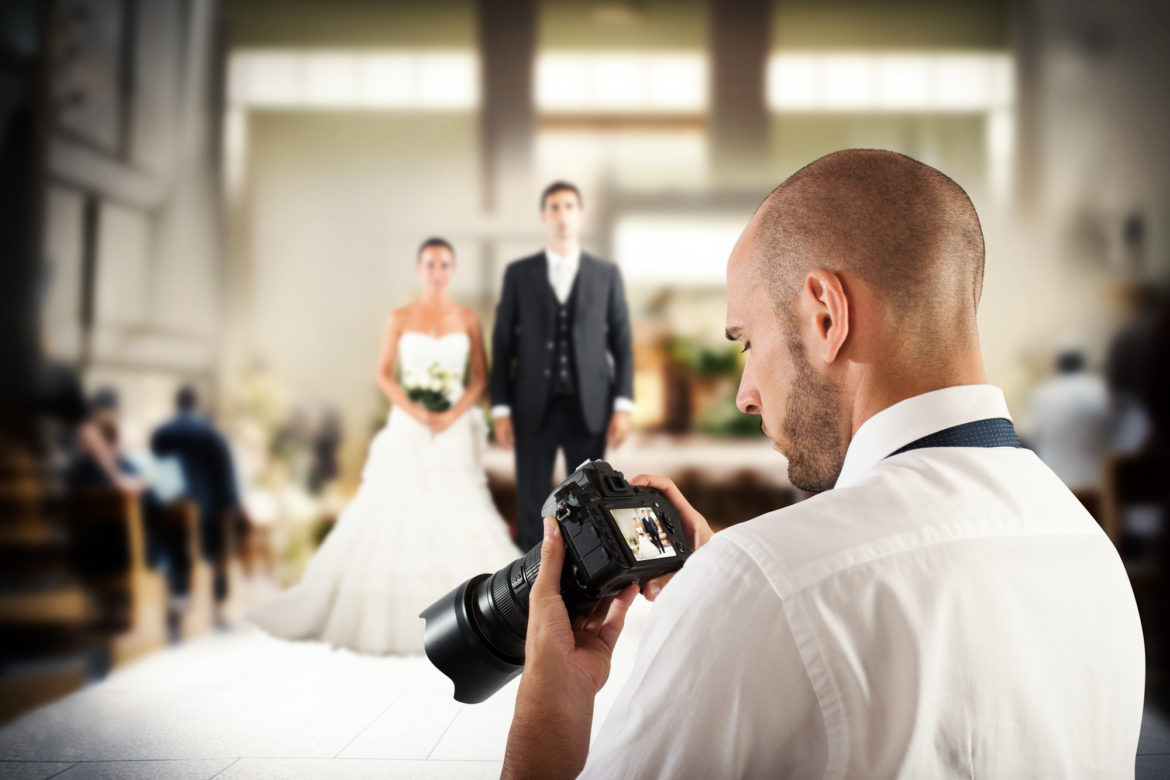 Reasons You Should Hire a Professional Wedding Photographer ...
